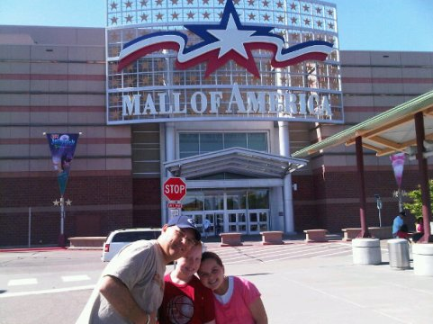 Mall of America. Road tripping with the kids: why drive when you can fly? Travel. Family. Minnesota.