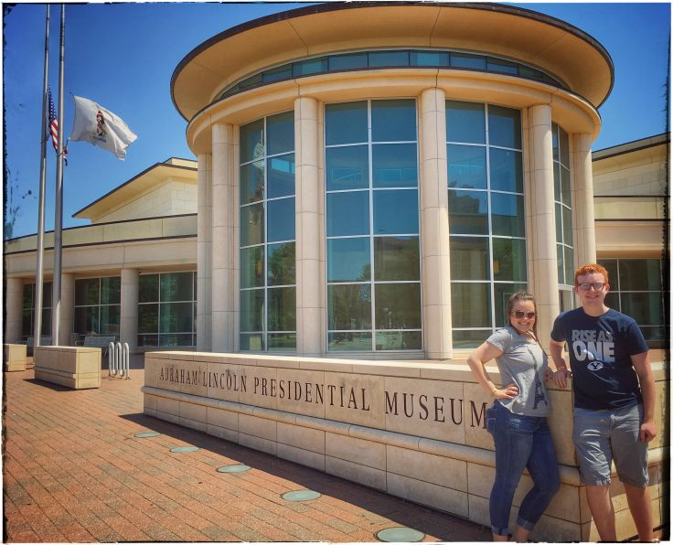 Abraham Lincoln Presidential Museum ~ Springfield, IL, family road trip adventure guide & tips #travel