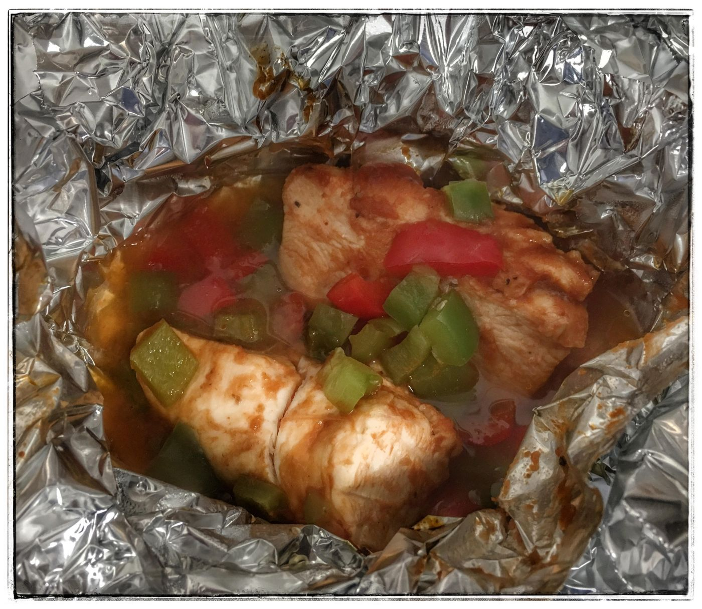 BBQ Chicken and Veggies Foil Pack. Summer. Recipes. Easy. Grill.
