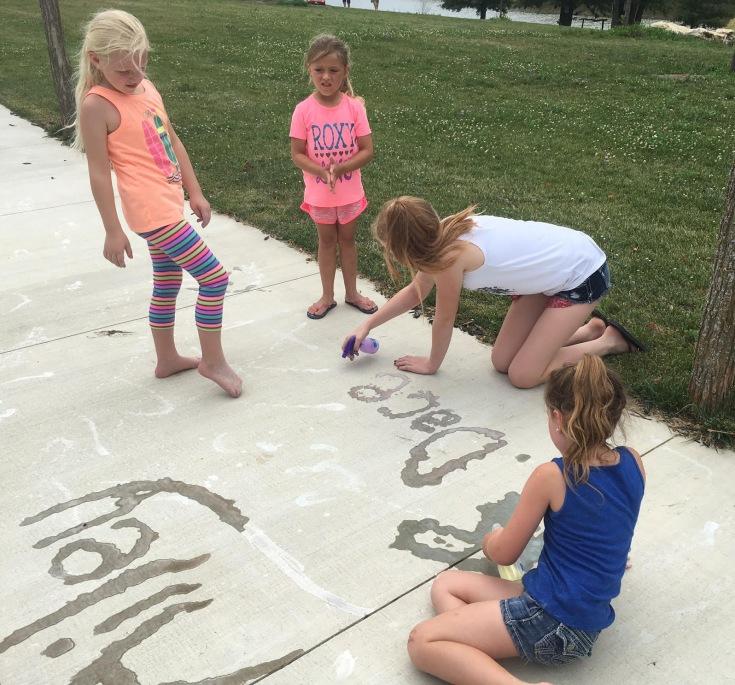 Spray Sidewalk Chalk. Pinterest. Summer Fun. Family. Kids. Children. Outdoors. #PinterestFail