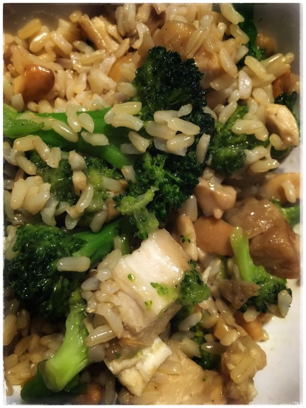 Broccoli Cashew Chicken. Healthy recipes.