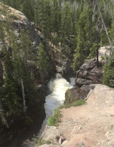 """""""Free things to do at Rocky Mountain National Park? Yes, please!"""" Family. Road trip. Summer. Adventure. Travel."""